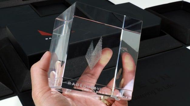 Radeon RX Vega Crystal Cube
