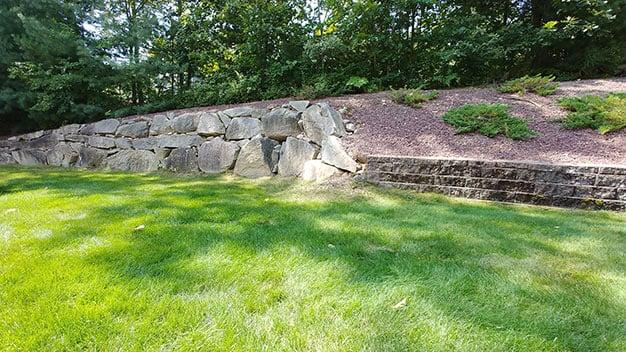 rock wall wide angle LG V30 1