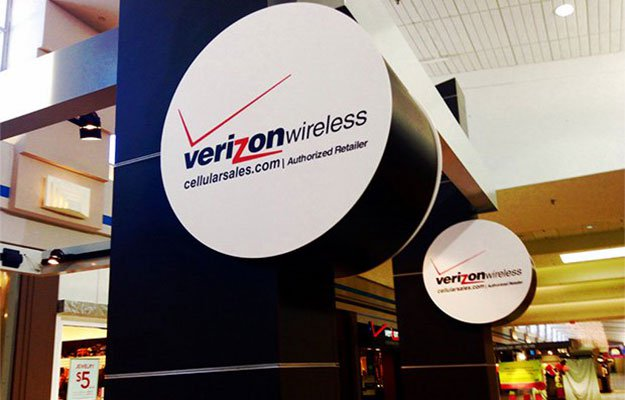 Verizon logo sign