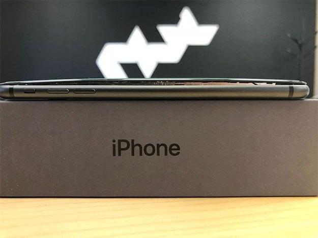 Apple iPhone 8 Plus Bulge