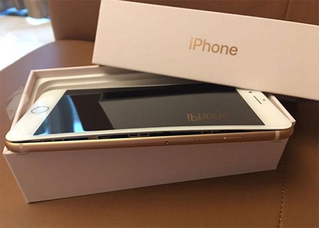 iPhone 8 Plus Bulge