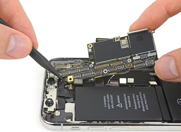 iPhone X Logic Board