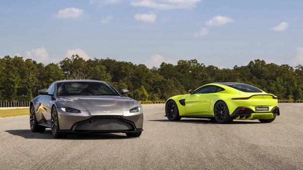Aston Martin S 2018 Vantage Is A Sultry 503hp Sports Car With 007 S