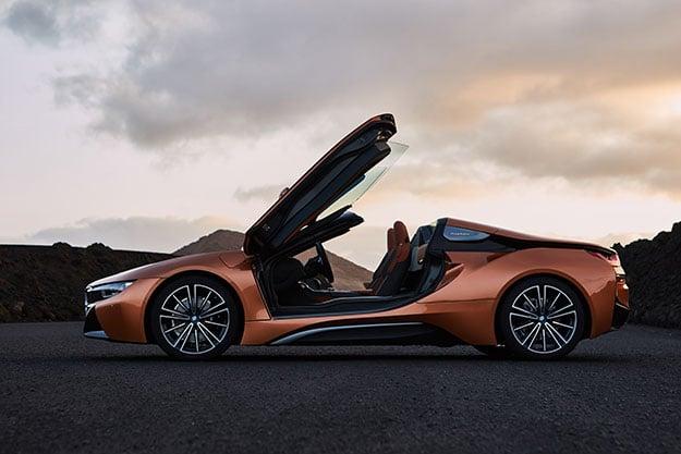 BMW i8 Roadster Side