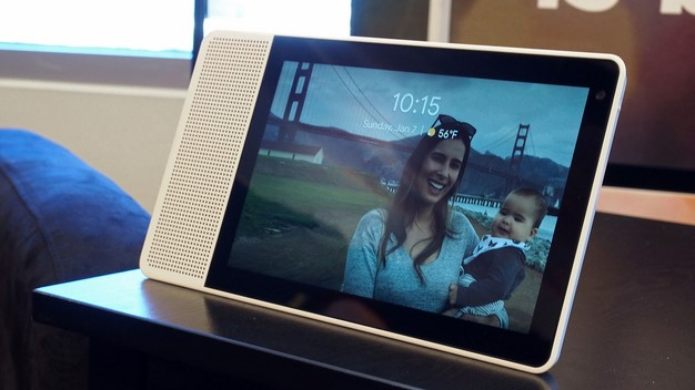 Lenovo Smart Display 8 front