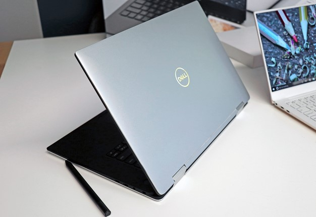 Dell XPS 15 Two In One back lid