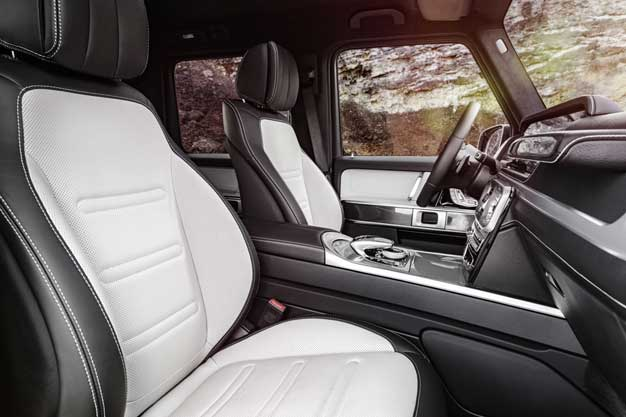 g class interior