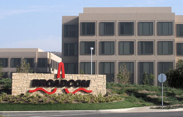 Qualcomm rejects 'final' Broadcom offer, but is deal actually off?