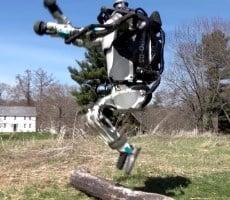 Boston Dynamics SpotMini Robot Dog Walks Itself With Autonomous Navigation Upgrade