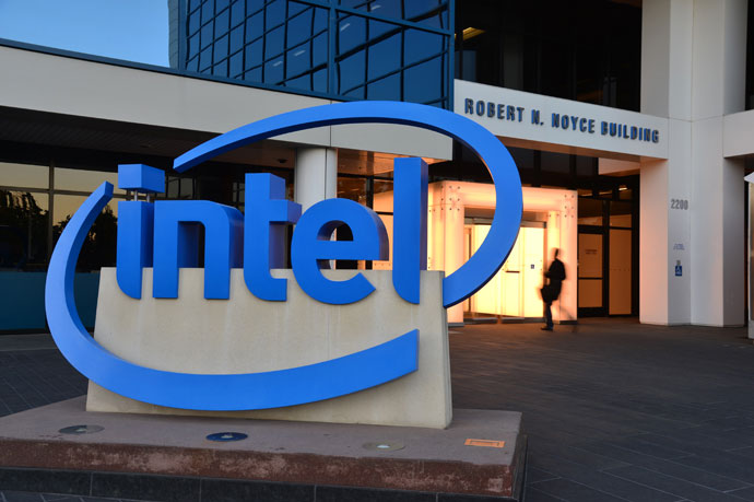 Intel reports strong Q2 as CEO search continues