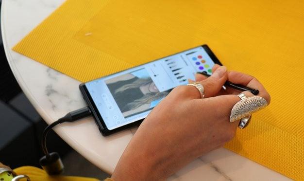 Samsung Galaxy Note 9 Artist