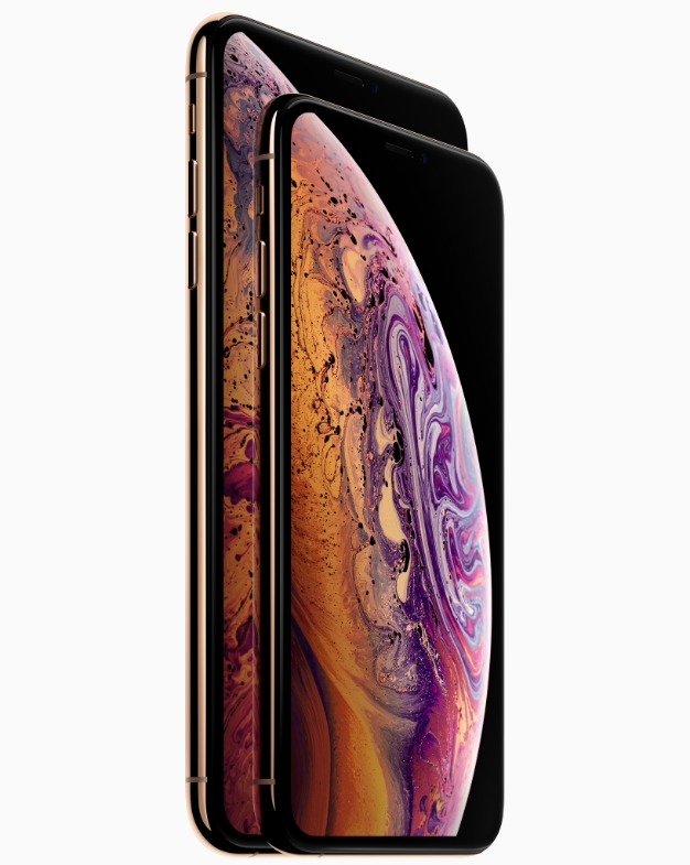 Apple iPhone Xs line up front face 09122018