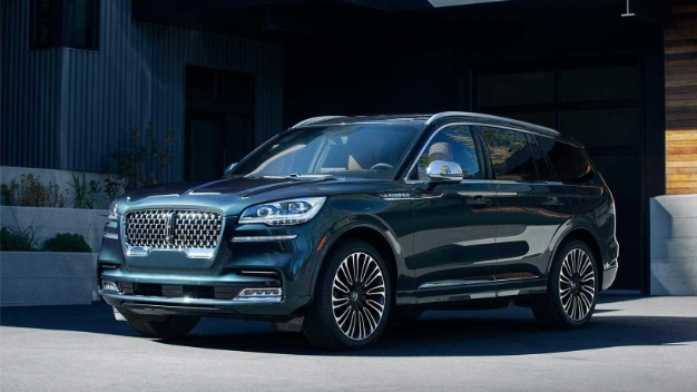 2020 lincoln aviator 1
