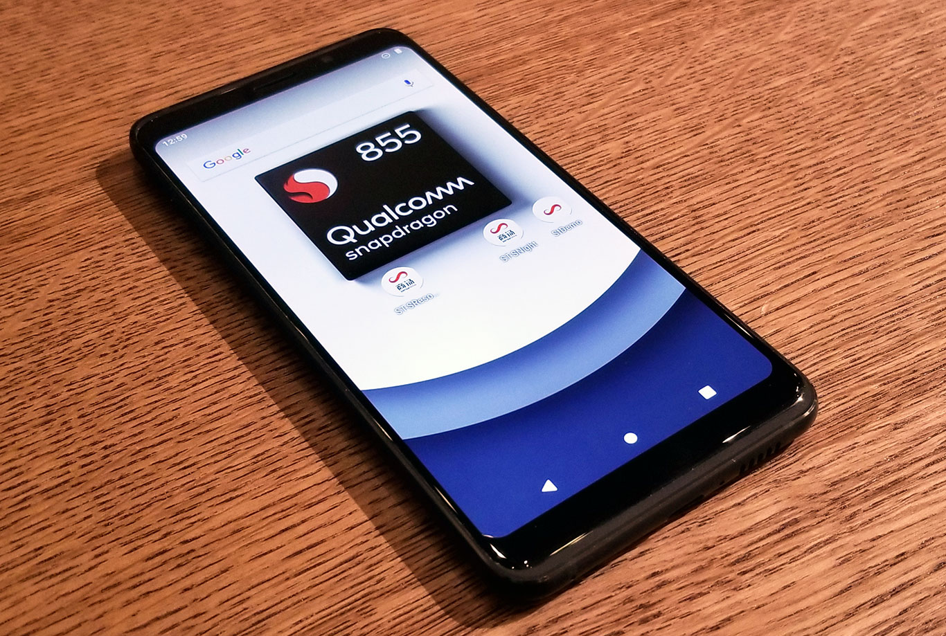 Checking Out Qualcomm 5G Snapdragon 855 Smartphone Prototypes