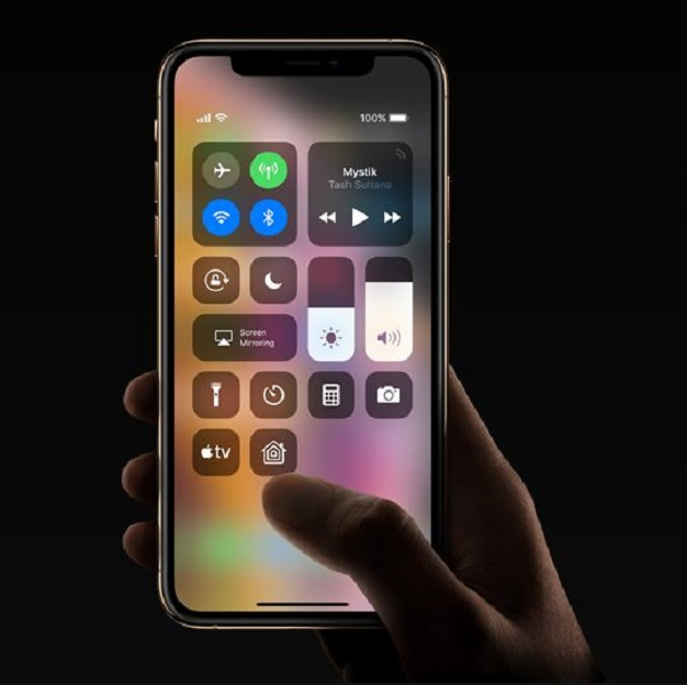 Apple lied about iPhone X screen size and pixel count, lawsuit alleges