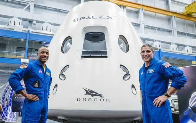 dragon crew capsule