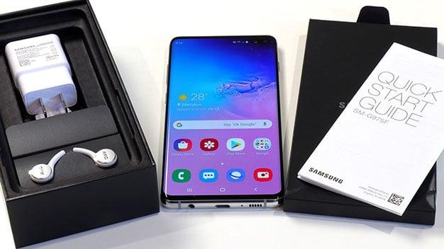 Samsung Galaxy S10 Sales Bundle