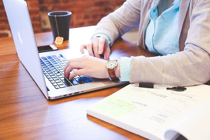 student laptop internet