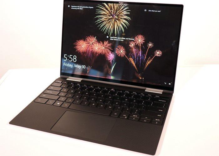 XPS 13 black display keyboard