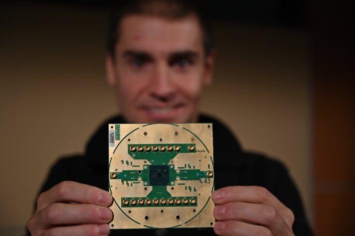 """Intel's Horse Ridge chip gallops ahead in quantum rodeo"""""""