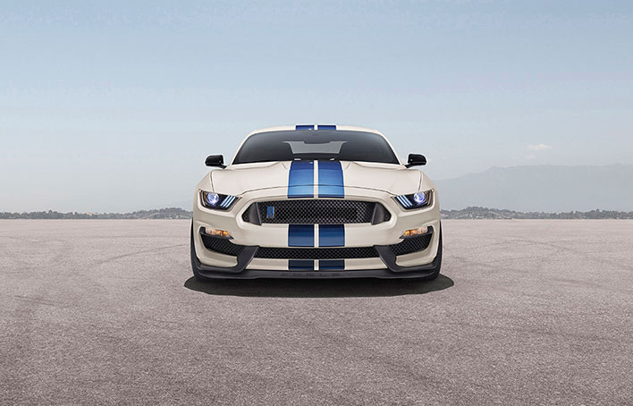 Ford Mustang Shelby GT350 Front