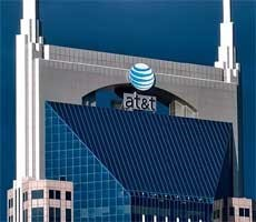 AT&T CEO Suggests Controversial Move To Discount Your Phone Plan By Up To $120/Year
