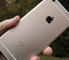Hurry And Claim An Apple iPhone Settlement Check For Throttlegate While You Still Can