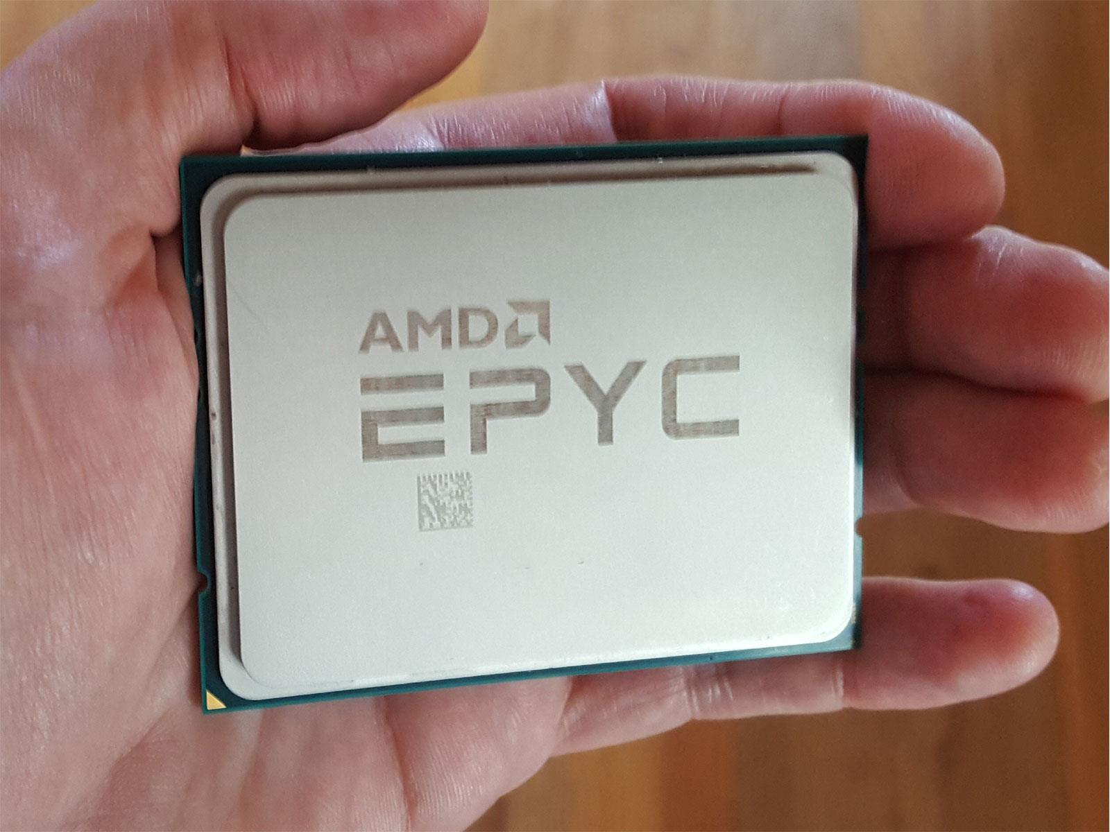Произошла утечка спецификаций и цен AMD EPYC 7003 серии «Milan»