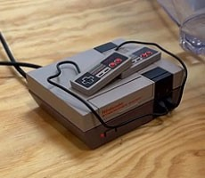 Raspberry Pi Zero Mod Turns Tiny NES Christmas Ornament Into Fully Functional Game Console