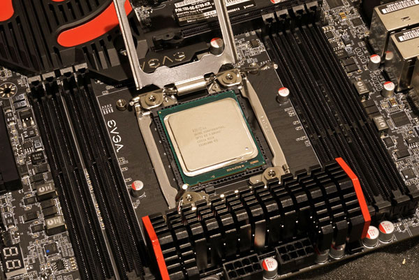 Intel Core i7-4960X LGA 2011