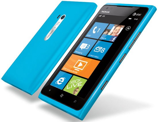 As A Refresher The Lumia 900 Sports 4 3 Inch Amoled Display 1 4ghz Snapdragon Processor 802 11b G N Wi Fi 4g Lte Support 8mp Rear Facing Camera With