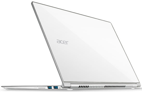 Back View Of The Acer Aspire S7-391