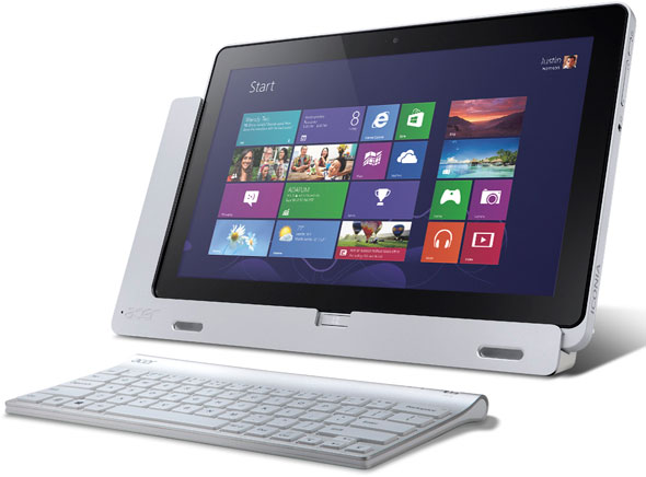 Acer Iconia W700 With The Bluetooth Keyboard