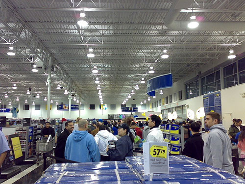 Best Buy Black Friday Shoppers