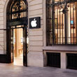 Thieves Steal Nearly $1.3M in Goods From Apple Store in Paris