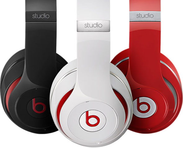 Beats Studio Headphones with Noise Canceling Technology by Dr Dre