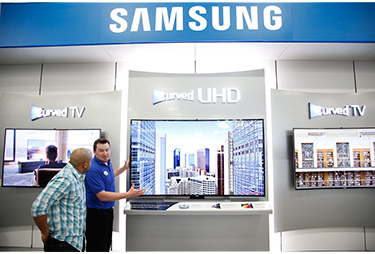 news sony edges into best buy stores samsung increases presence