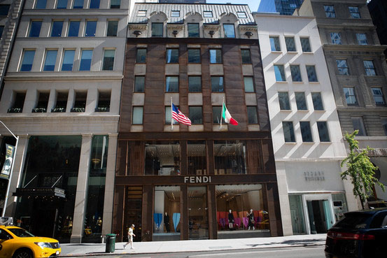 Microsoft to open swank flagship retail store in the big apple