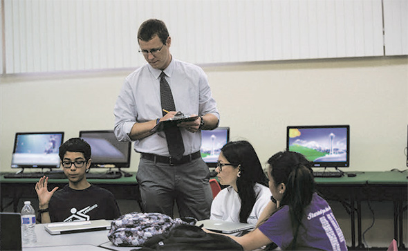 Internet Chat Rooms And Social Media Are Encouraging Students