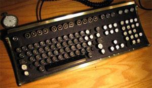 Klassic Keyboards - Geek Nostalgic